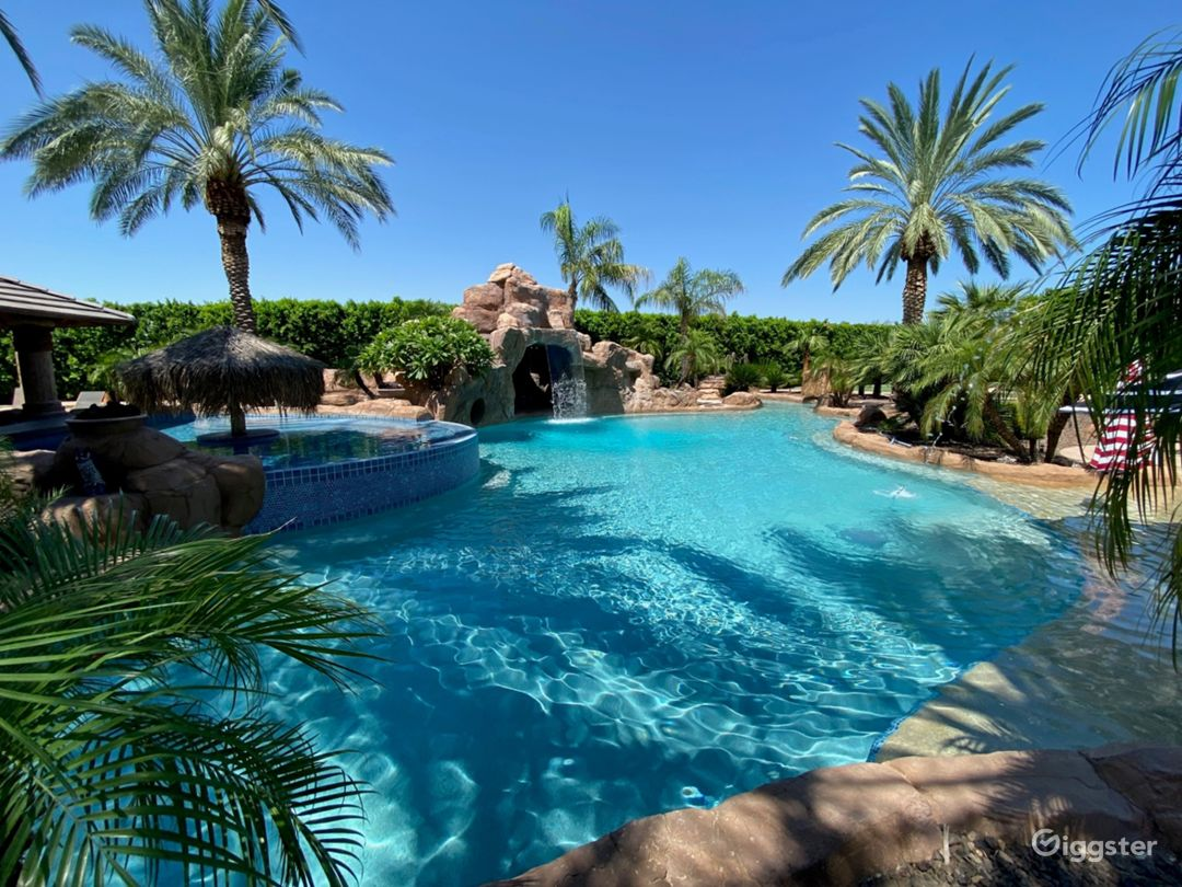 Tropical Desert Private Oasis w/ Beach  Photo 1
