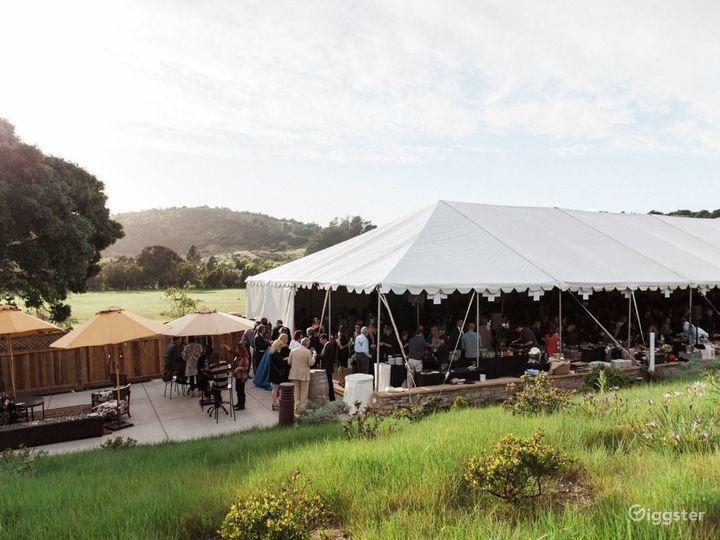 Flexible Outdoor Dining Space in San Rafael Photo 3