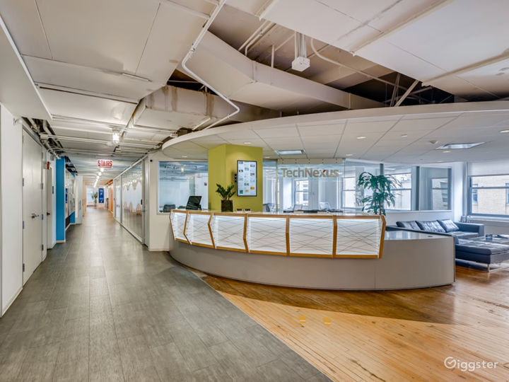 Extra Large Meeting Space with a View Photo 4