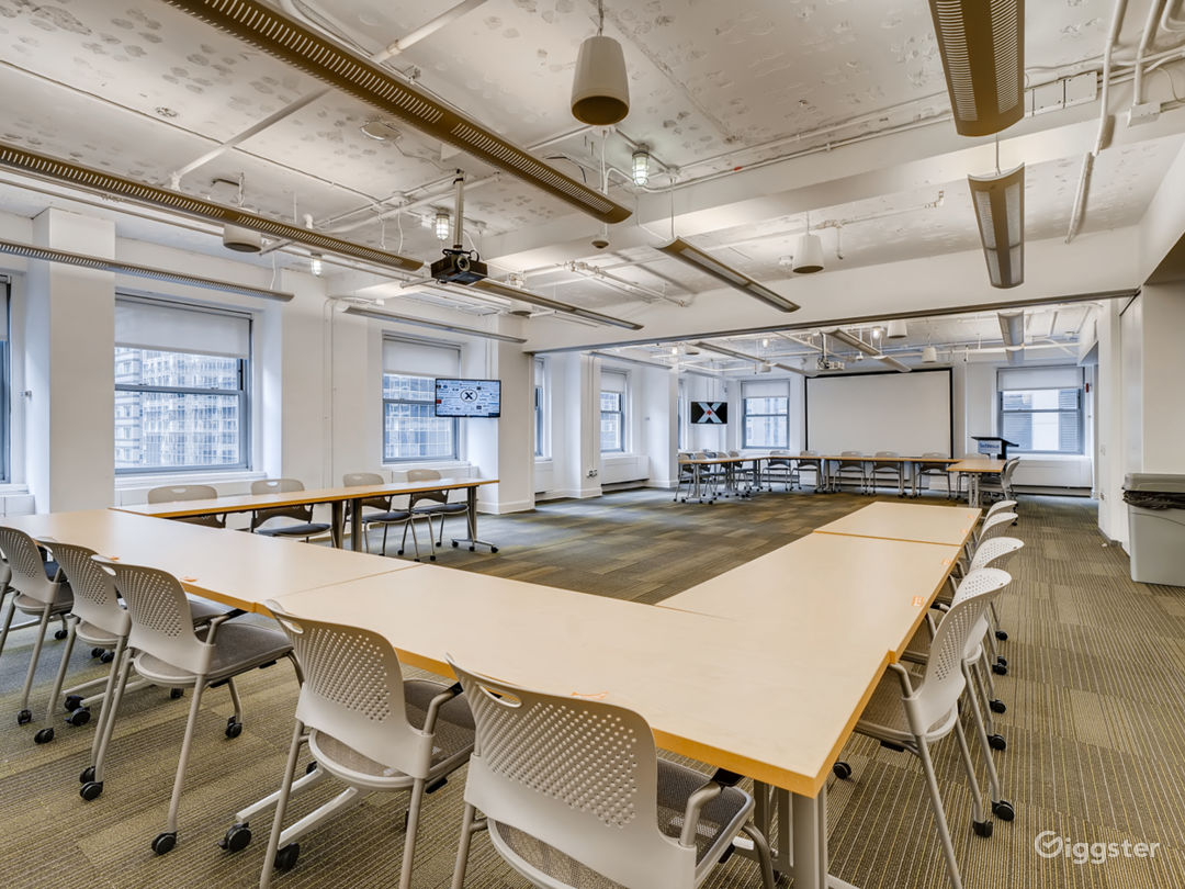 Extra Large Meeting Space with a View Photo 1