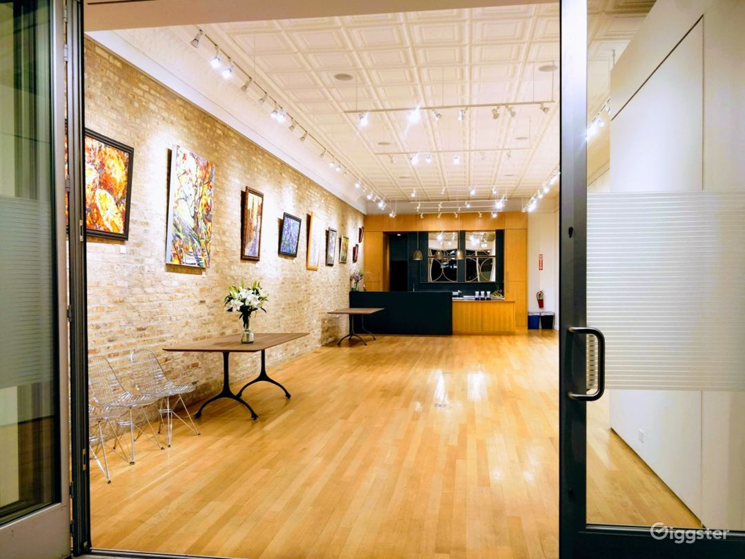 Chic and Modern Venue in Chicago Photo 1