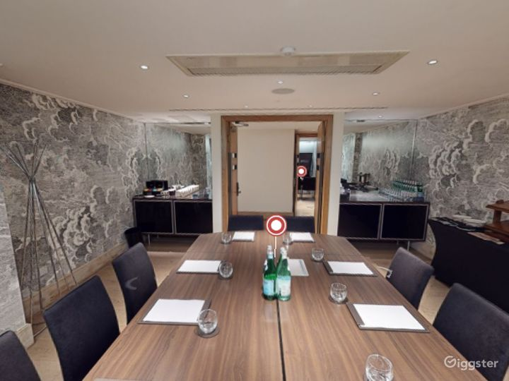 Lovely  Private Room 4 in Leicester, Square London Photo 4