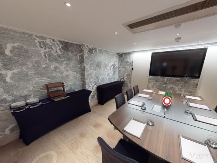 Lovely  Private Room 4 in Leicester, Square London Photo 2