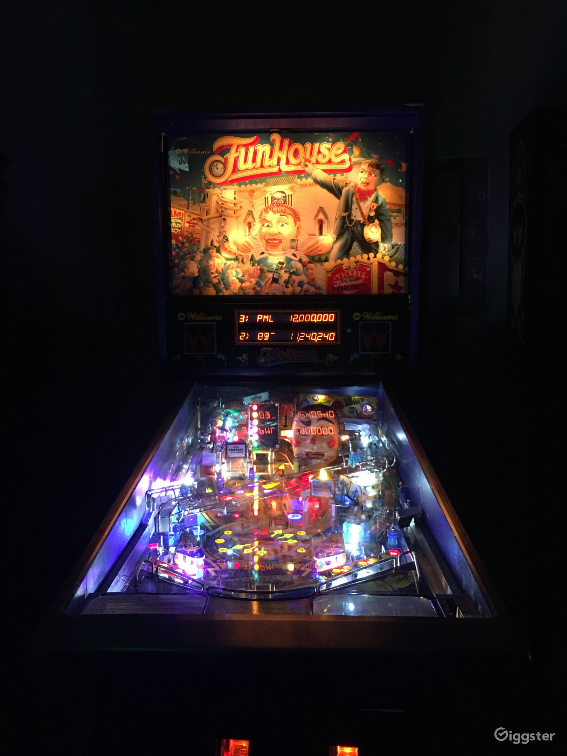 Funhouse @ pinballroom.fun