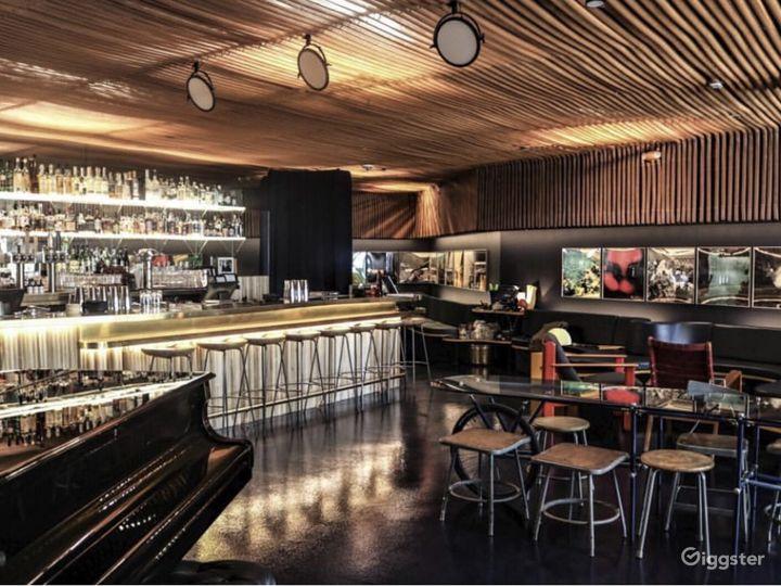 Mid-century cocktail lounge