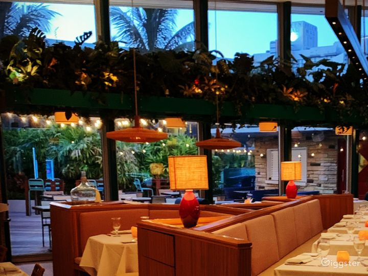 Cozy Main Dining Space Photo 5