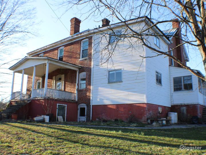 Dupont Manor  Photo 5