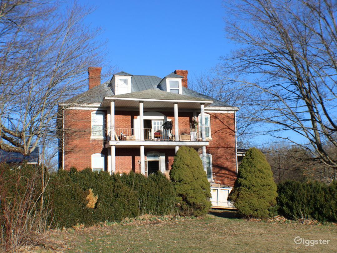Dupont Manor  Photo 3