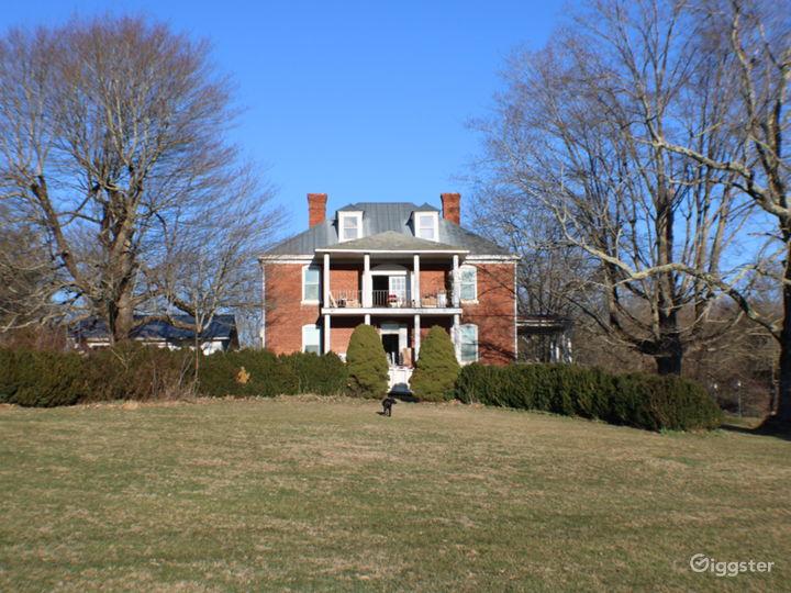 Dupont Manor  Photo 4