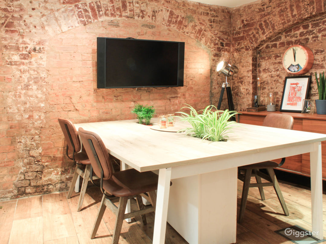 Meeting Room in Central London near London Eye Photo 1