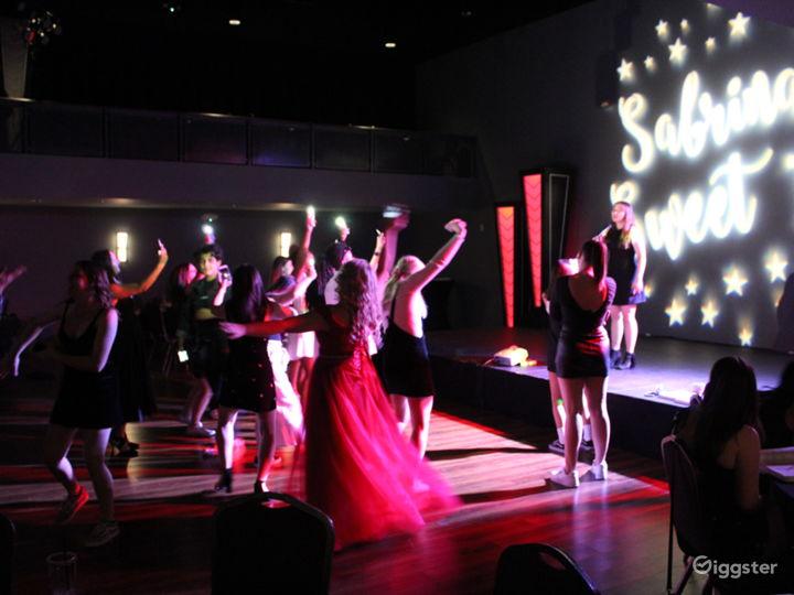 Luxurious Performance Location  Photo 4