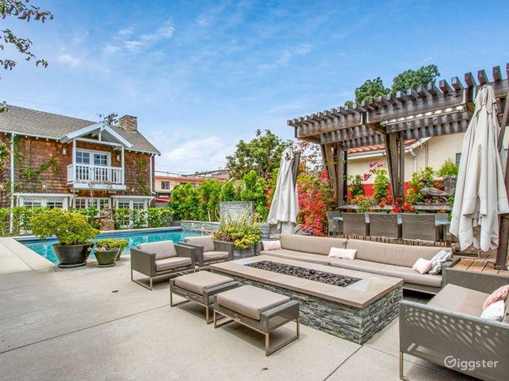 Resort Style Pool w Guest House - West LA Photo 3