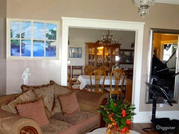 Lovely Lodge with Elegant Setting Photo 4