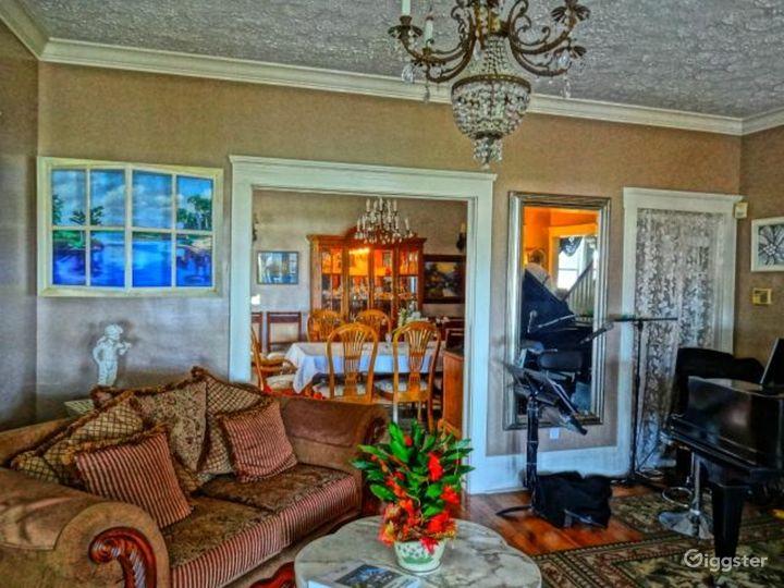 Lovely Lodge with Elegant Setting Photo 3