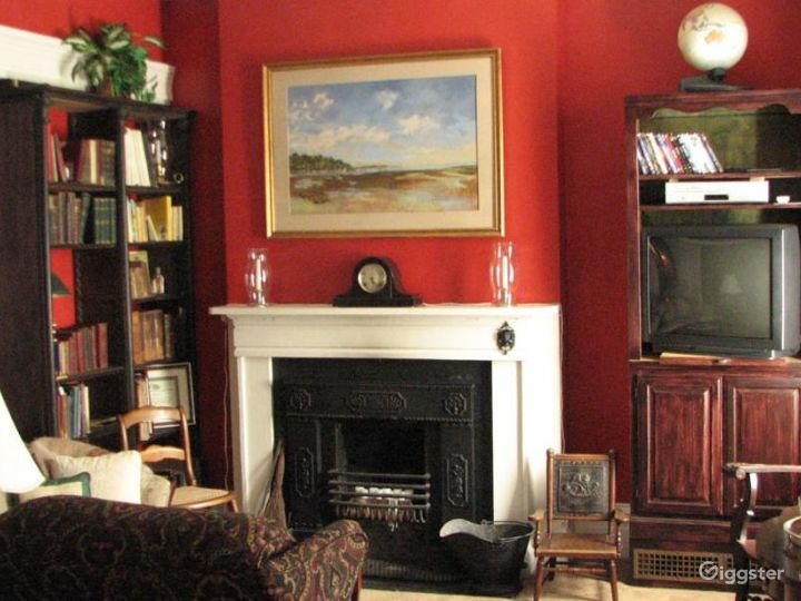 Large traditional country home: Location 4226 Photo 2