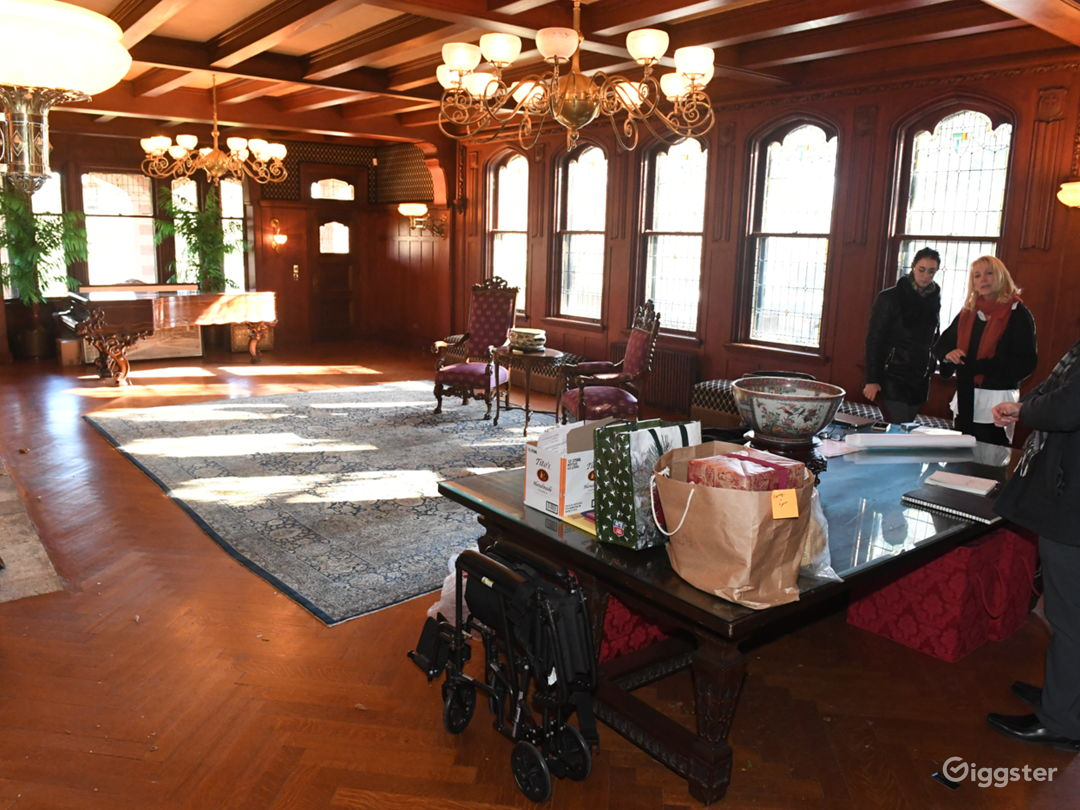 Historic Tudor Mansion not far from NYC  Photo 3