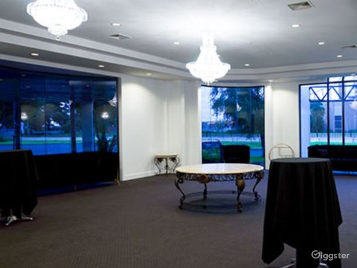 The Signature Room with Charming Backdrop Photo 4