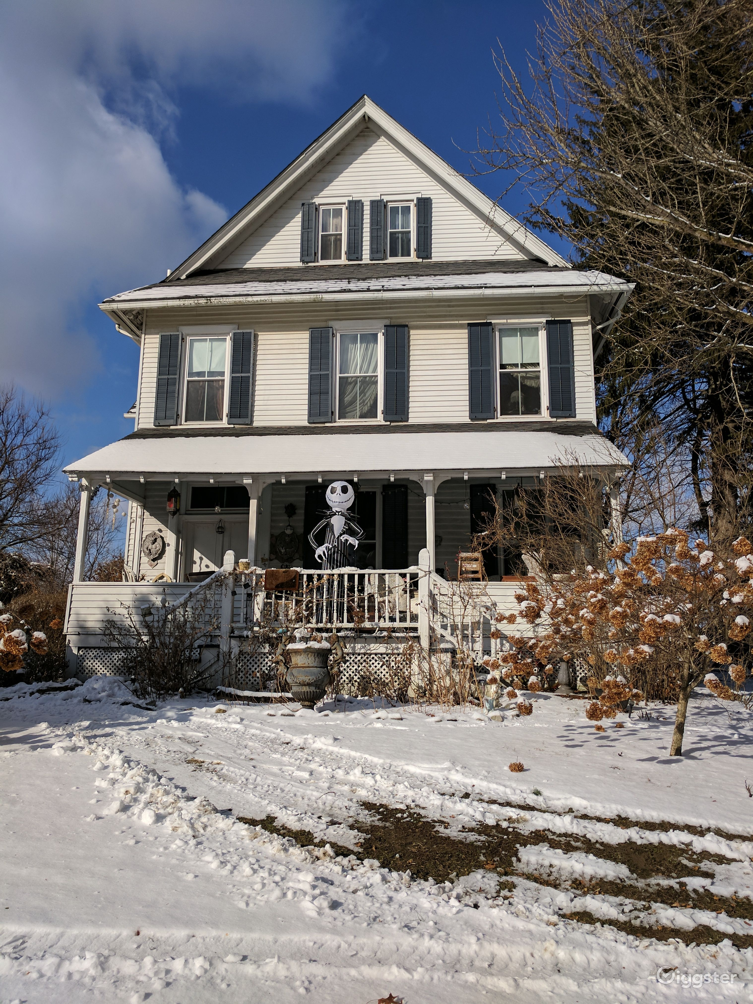 1860s Victorian Farm House in Wappingers Falls New York Rental