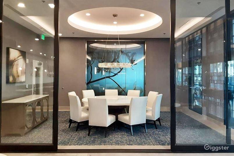 Modern Meeting Room Photo 1