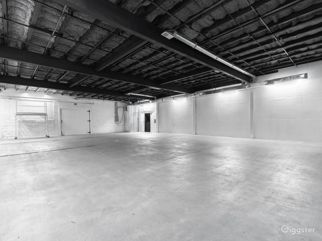 2400sf Sound Stage