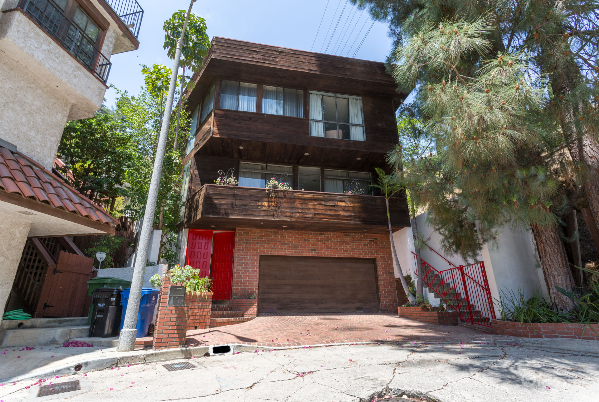 Retro Home with Elevator in Beverly Hills Los Angeles Rental