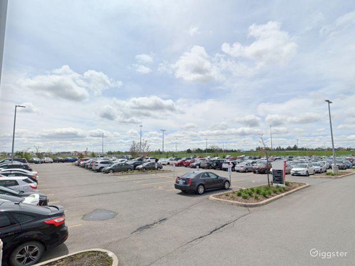 Open Spacious Location in Ottawa Photo 3