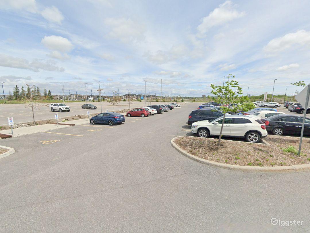 Open Spacious Location in Ottawa Photo 1