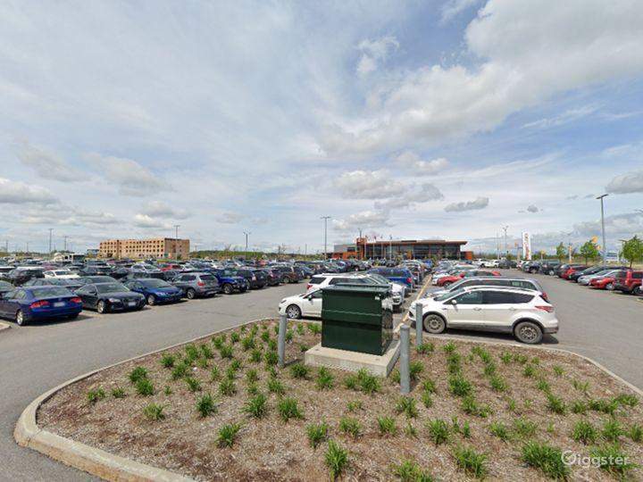 Open Spacious Location in Ottawa Photo 2