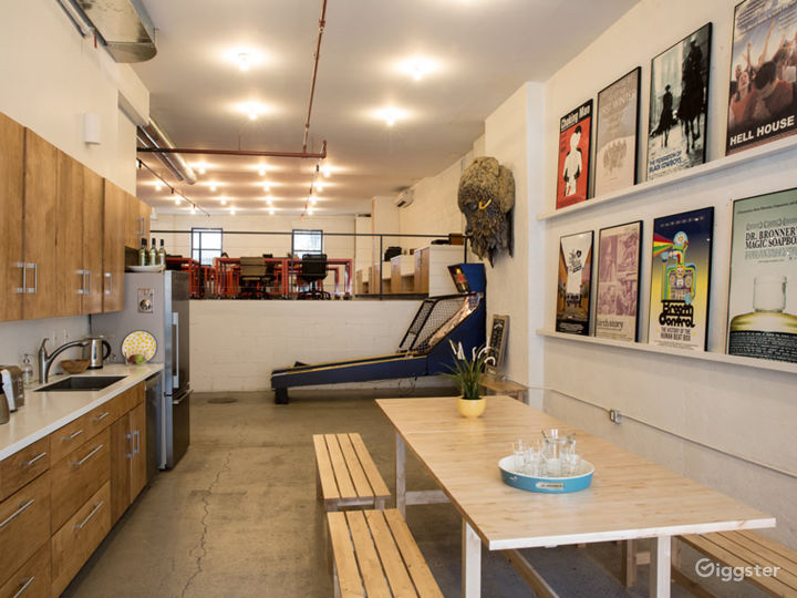 Brooklyn, Creative Showroom, Gallery, Office Photo 3
