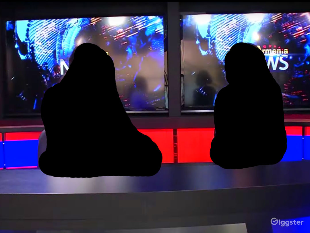 TV STUDIO NEWS  Photo 2