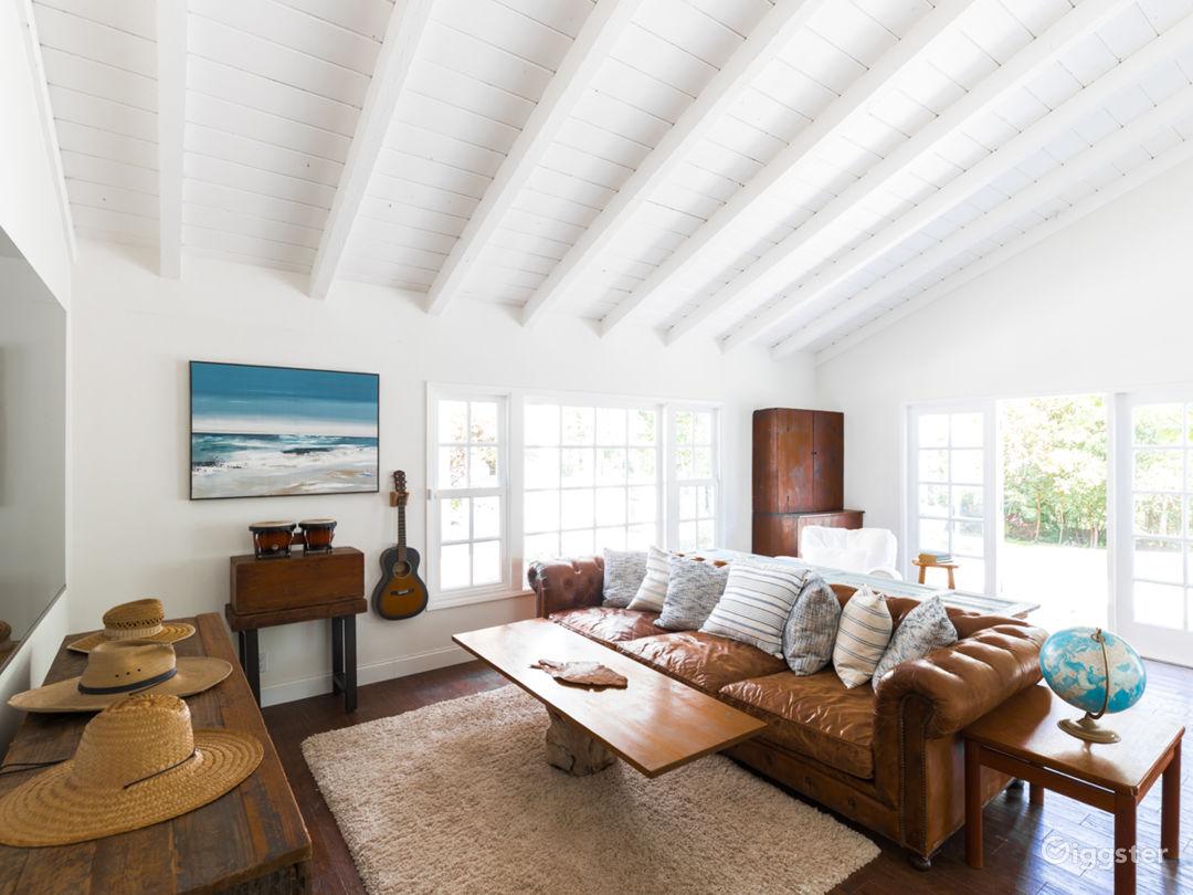Classic California Beach Ranch in Malibu Photo 4