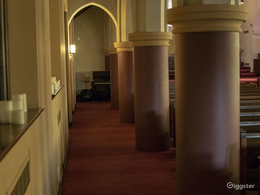 Gorgeous Chapel - Hollywood Photo 4