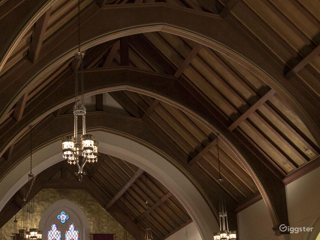 Gorgeous Chapel - Hollywood Photo 3