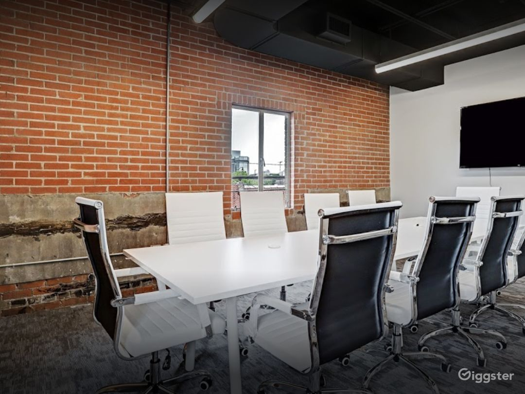 Stylish Private Spaces for Meetings in Houston Photo 1