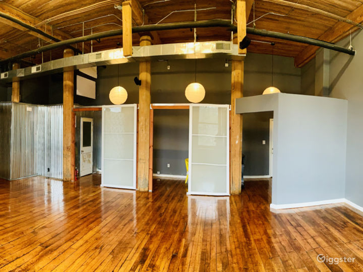 Charismatic Loft In A Historic Mill Building Photo 3