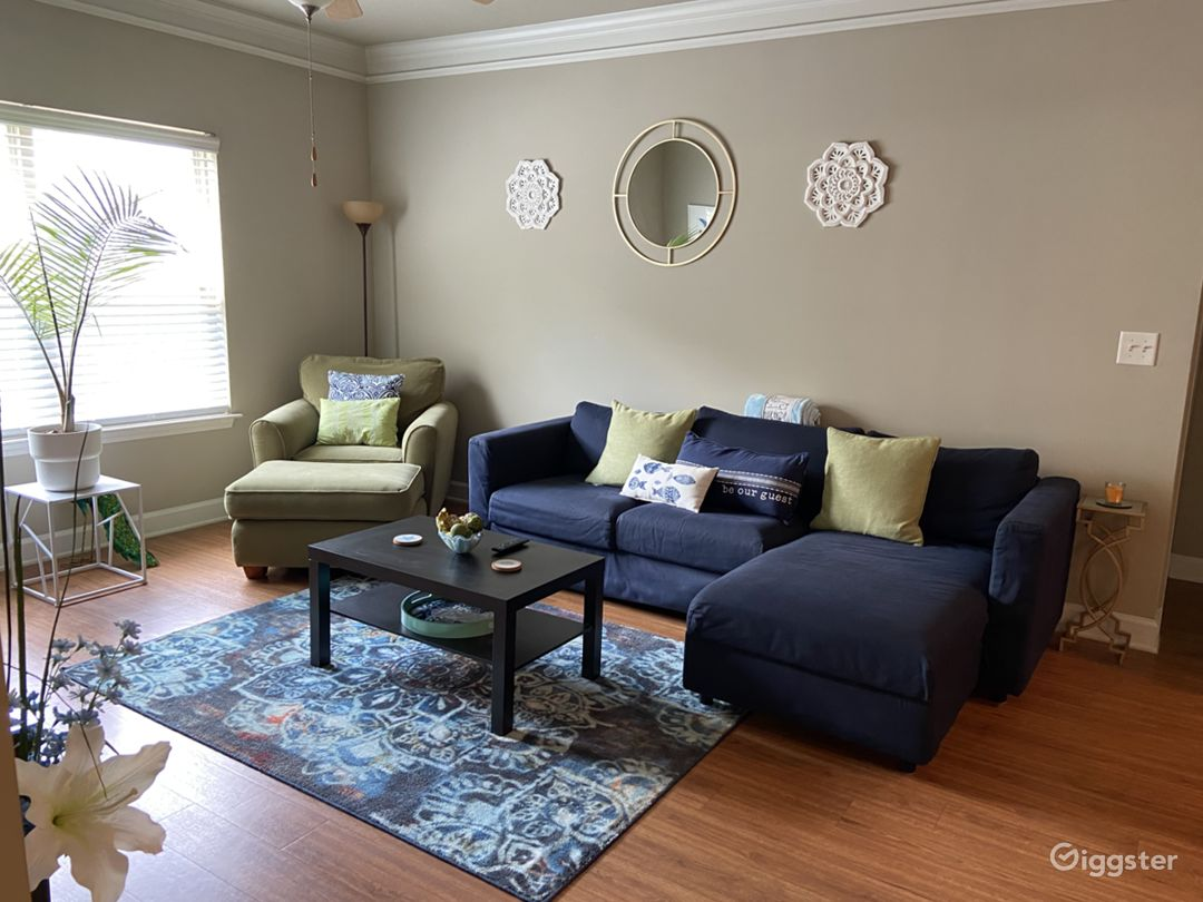 Exclusive Cozy/Modern Family Style Home in Atlanta Photo 1