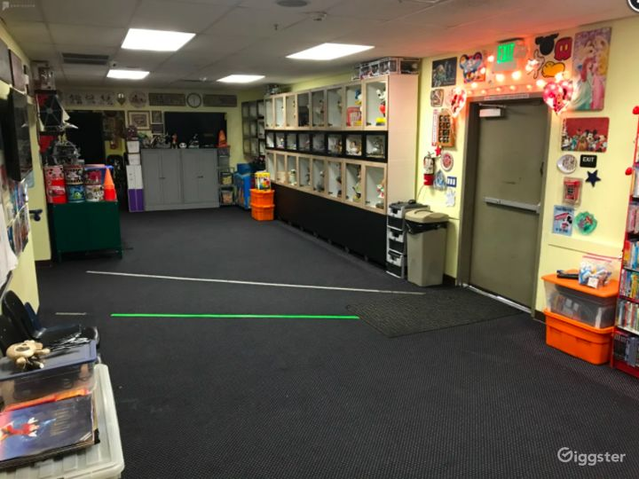 Kids Friendly Avenger Theme Classroom Photo 4