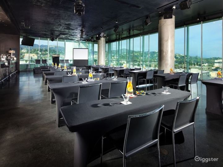 Flexible Restaurant in LA Photo 3