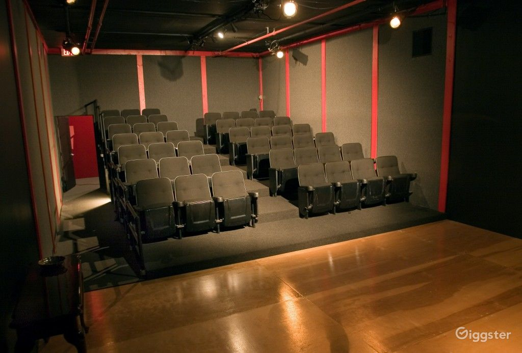 45 Seat theatre with a very artistic feel Photo 1