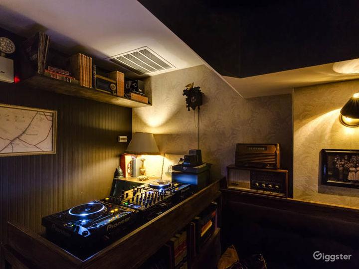 Intimate bar in New York Photo 5