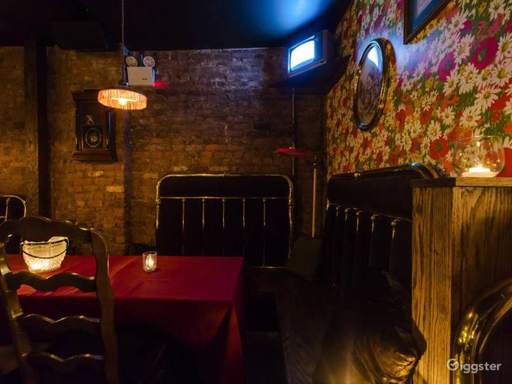 Intimate bar in New York Photo 4