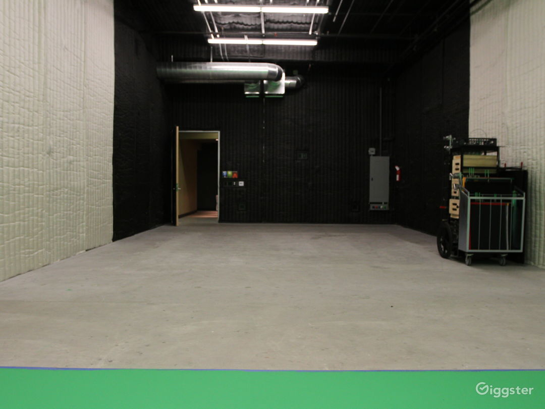 Flexible Burbank Area Sound Stages - Stage 2 Photo 3