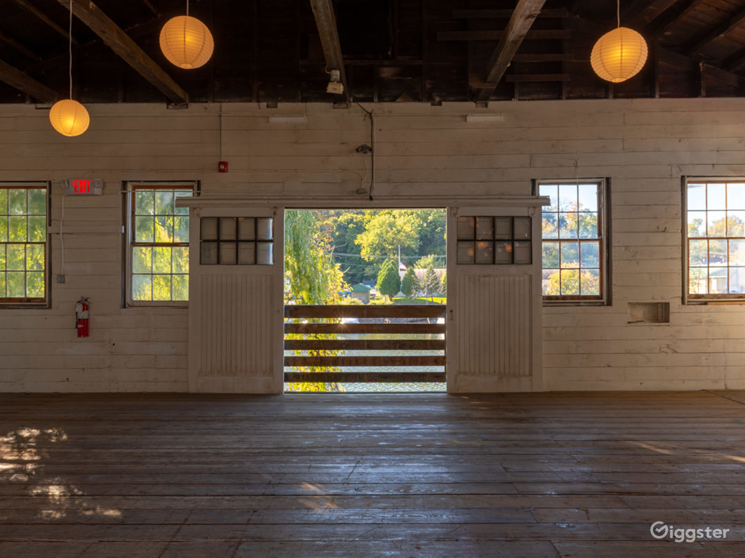 Weddings at Lumberyard Photo 5