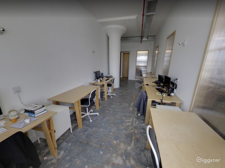 Studio 110 (Office Space) in Long Island Photo 4