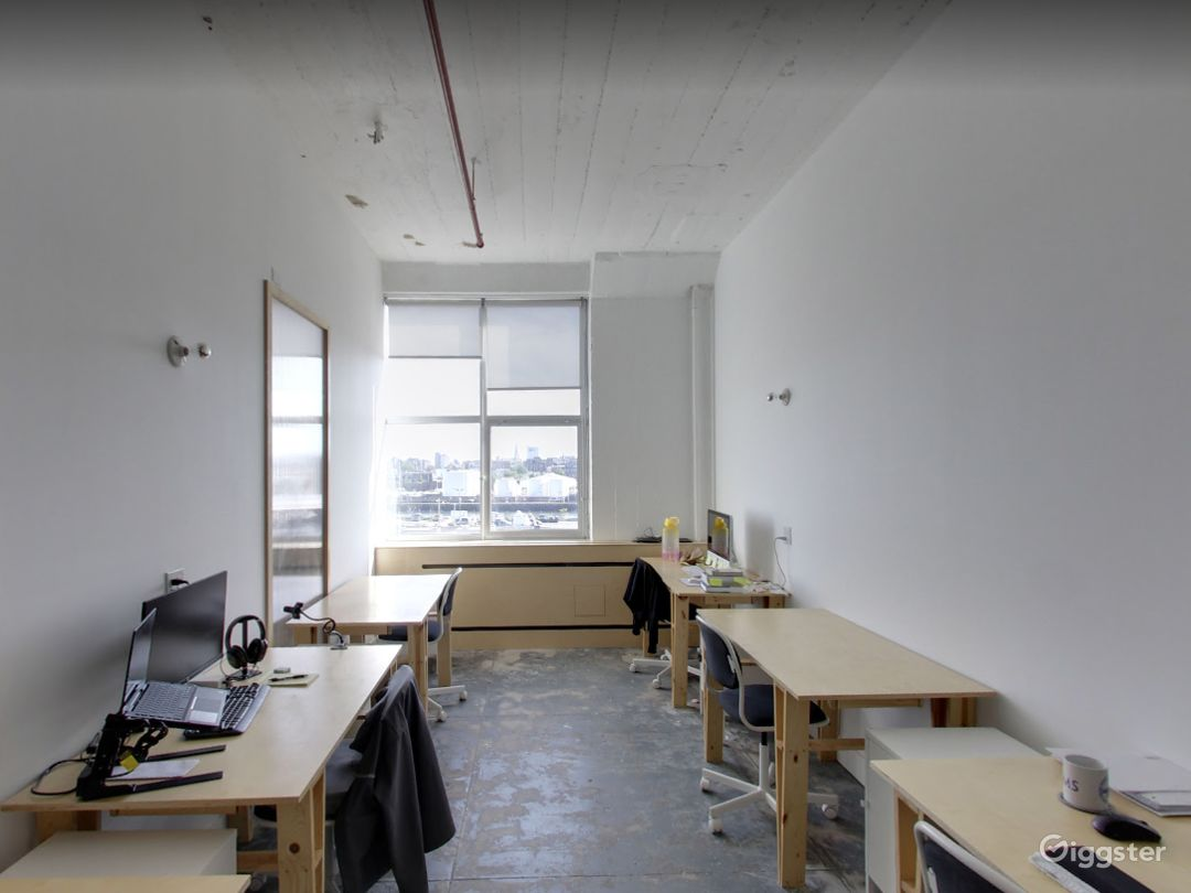 Studio 110 (Office Space) in Long Island Photo 1