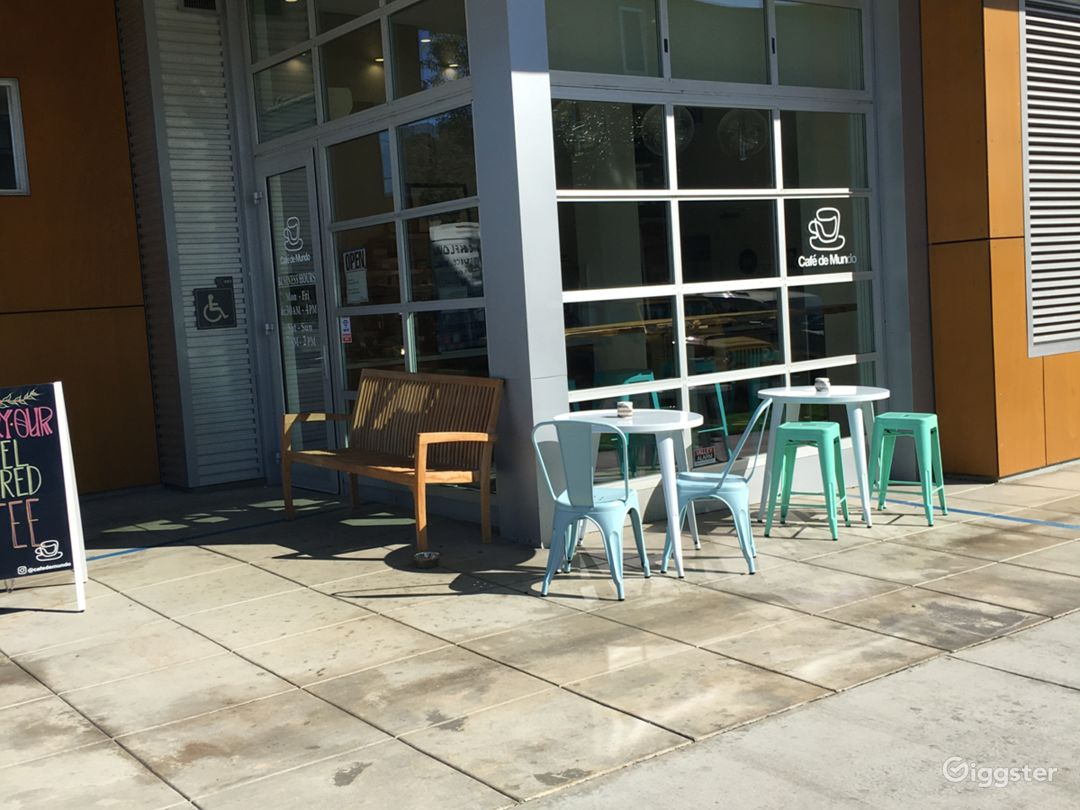 Cute cafe/coffee shop in Santa Monica Photo 5