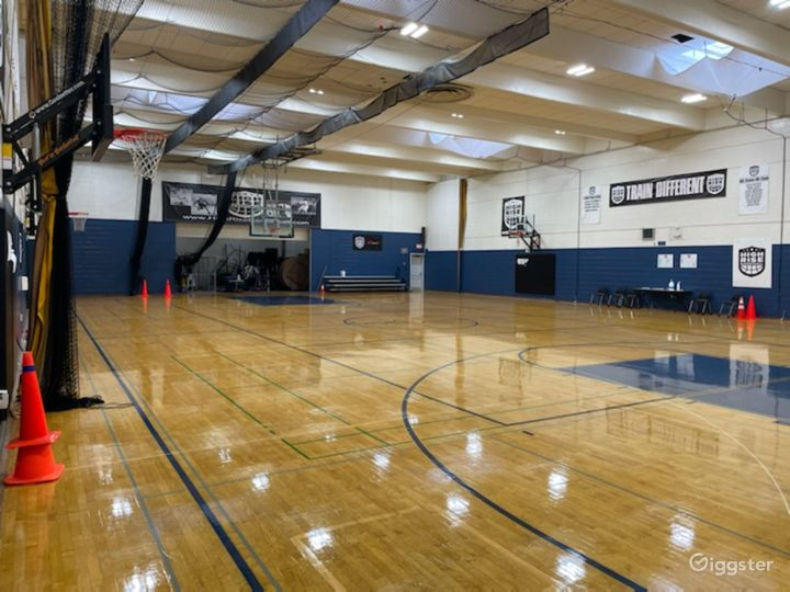 Huge and Spacious Gym for Private Events  Photo 3