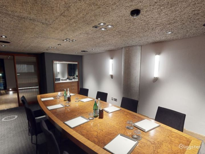 Beautifully Bright Private Room 1 in Manchester Photo 5