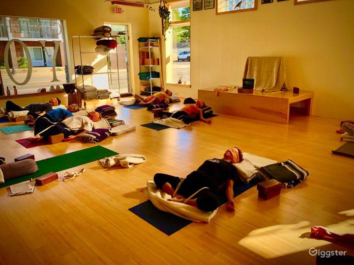 Meditation and Yoga Studio in Royal Oak Photo 2