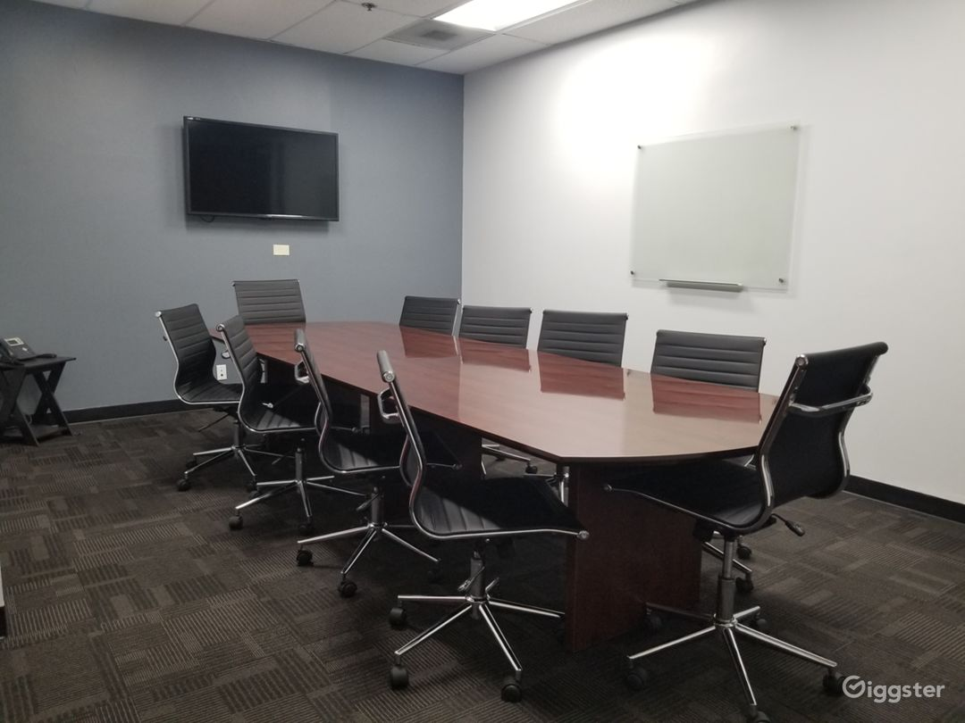 Large Confrence Room in Ontario Photo 1